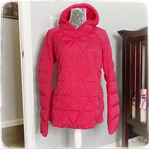 Lululemon puffer pullover. Pink. Size 12